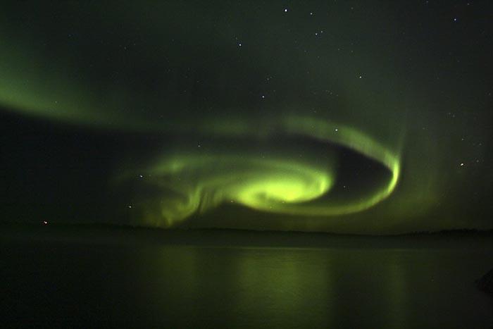 http://www.jp-petit.org/science/images/aurore_boreale_finlande.jpg